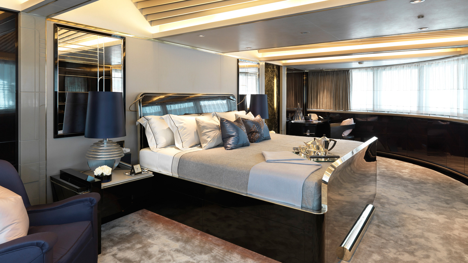32 Stunning Luxury Master Bedroom Designs Photo Collection: Sealyon Yacht For Sale
