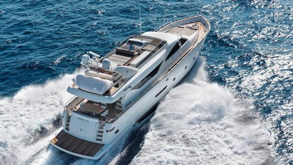 Aimilia yacht Charter
