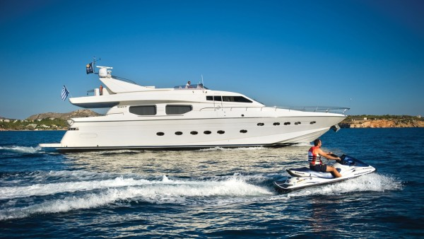 Dilias Yacht Charter