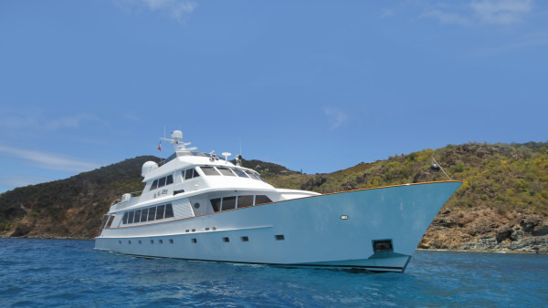 Derecktor 115 Yacht for sale and charter