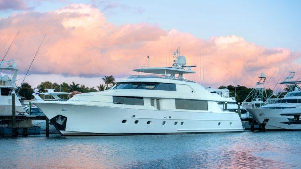 Charer Wild Kingdom Yacht