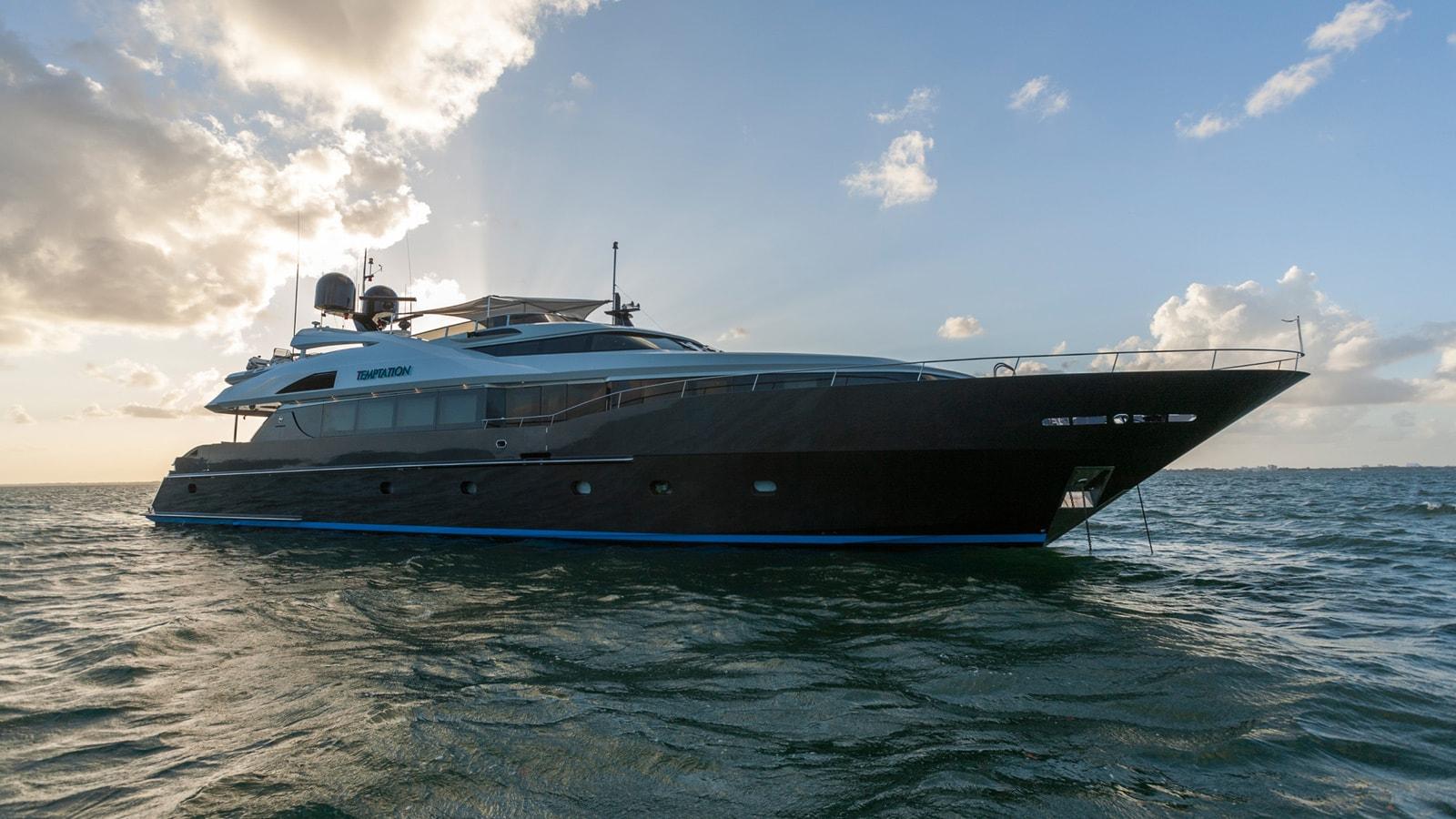 Yacht temptation Sails