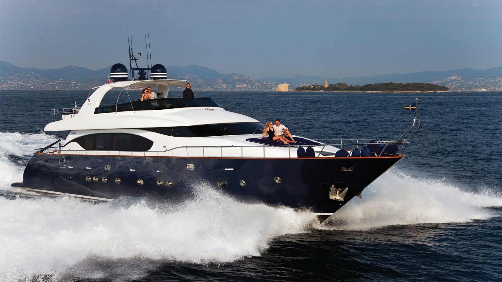 Asha superyacht for Charter
