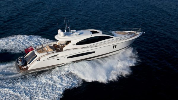Lizzi Superyacht Running