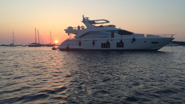 Essenza Yacht for Sale