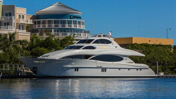 Lazzara yacht Halftime sold by IYC Sales consultant Frank Grzeszczak and Frank Grzeszczak Sr
