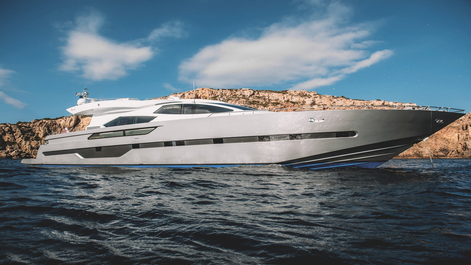 Yacht_eleven_Charter