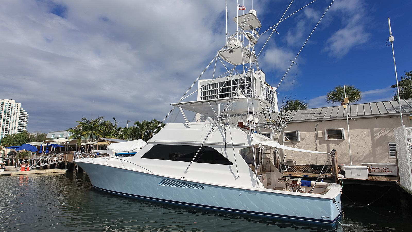 CTC 65 Convertible Yacht For Sale