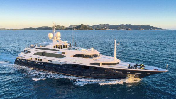yacht_andiamo_charter