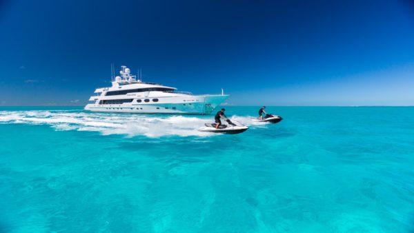 Yacht_casinoroyale-Charter