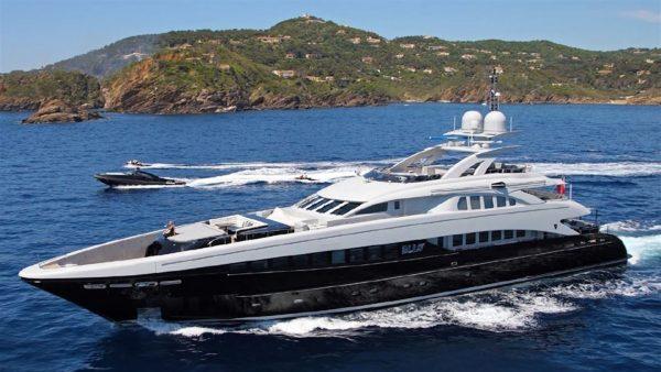Yacht_Bliss_Charter