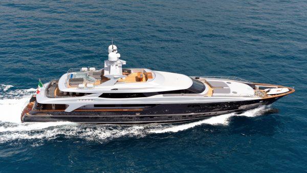 IRA Yacht Charter