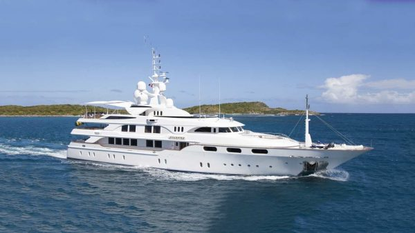Starfire Benetti yacht Sales