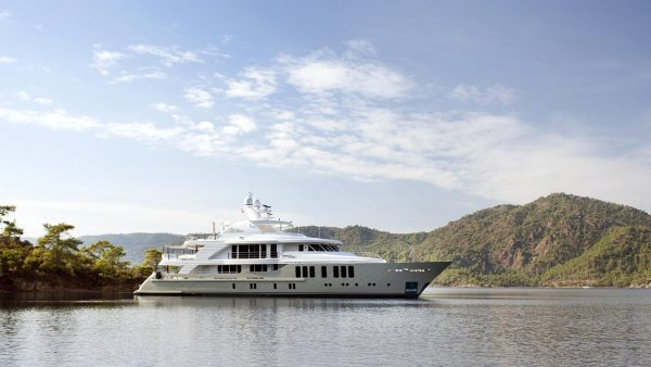ORIENT STAR Yacht for Charter - IYC