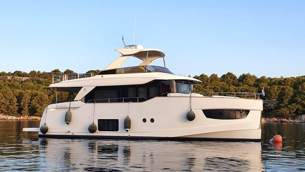 TOBY II Yacht for Sale