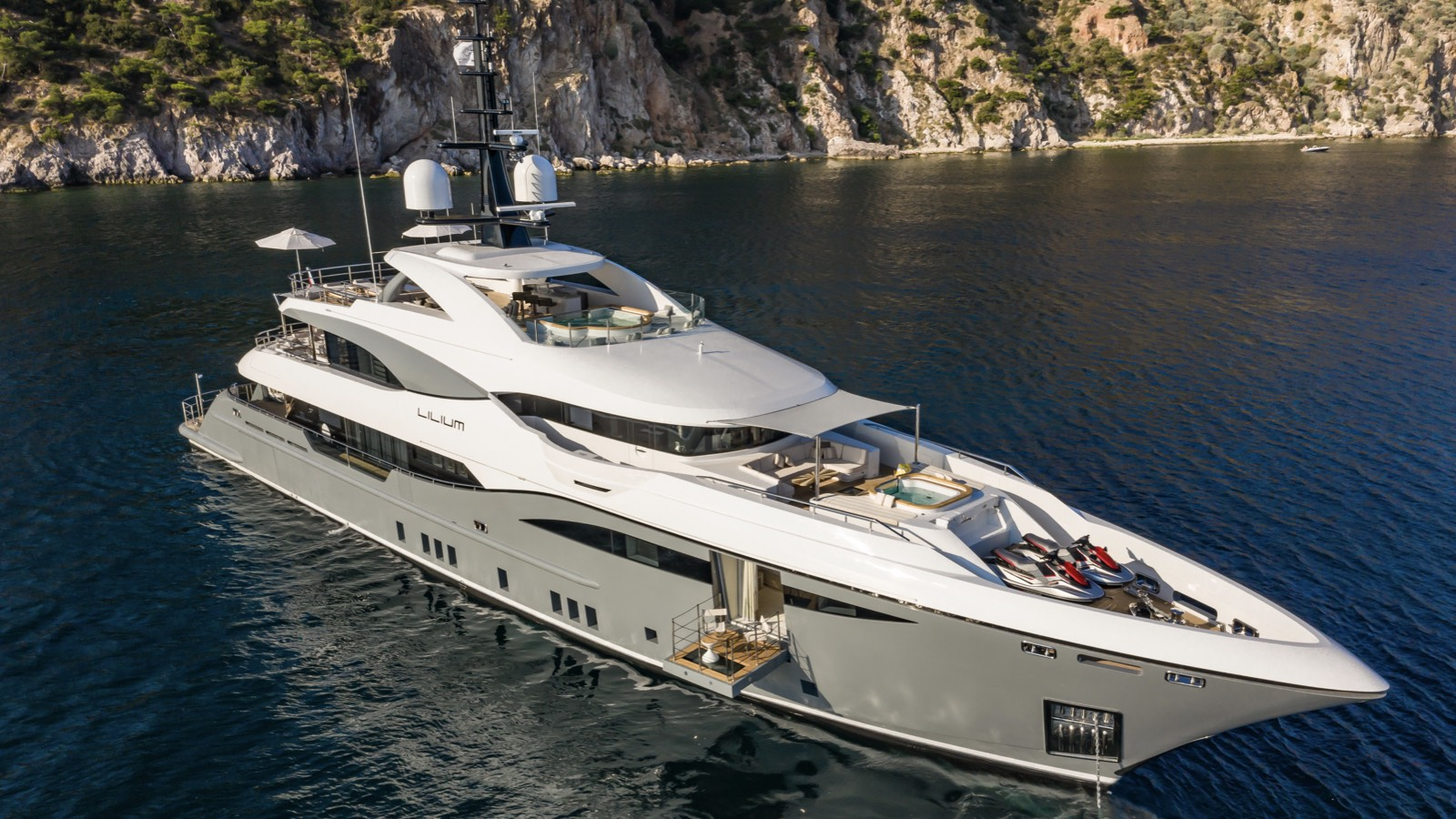 LILIUM Yacht for Sale - IYC