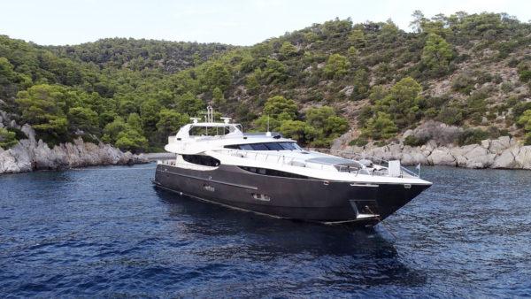 SANJANA Yacht for Charter - IYC