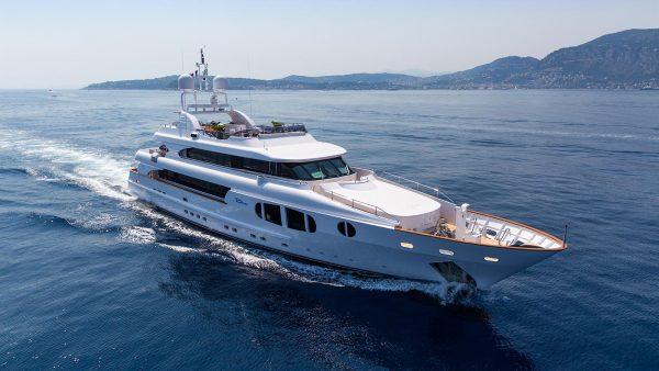 Bina Yacht for Charter - IYC